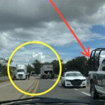 En video: Saquean camiones de carga en autopista de Oaxaca