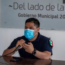 Policía Municipal de Tuxtepec asegura vehículo robado y taxi abandonado