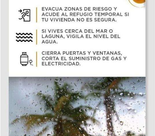 Alerta naranja para Cancún por tormenta tropical 'Zeta'