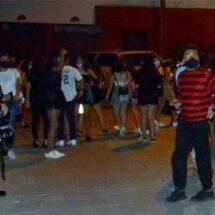 Suspende Policía fiesta de Halloween en Acapulco con ¡300 jóvenes!