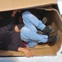 Patrulla Fronteriza encuentra a tres migrantes dentro de caja de cartón
