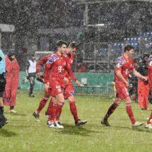 ¡Le nevó feo al Bayern! KSV Holstein echó al München de la DFB Pokal