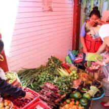 Trabajo incansable del DIF Oaxaca, cinco mercados recorridos en mediodía