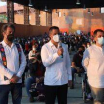 Con sólo 200 vacunas arrancan jornada de vacunación a docentes en Oaxaca