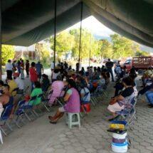 Mañana reinicia segunda vacunación antiCovid en Oaxaca pero ya hay filas